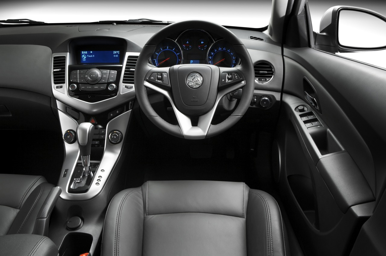 2010 holden cruze manual review